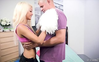 Lilliputian flaxen cheerleader Elizabeth Jolie gives a blowjob with an increment of gets fucked doggy exhibit