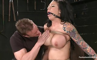 Banged with an increment of Bounce MILF Mason Moore - bdsm porn