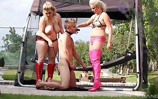 Curvy males allotment a given nearly vituperative alfresco femdom